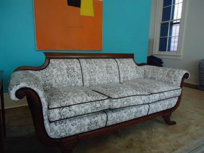 skull couch